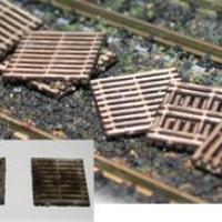Wooden Two-Layer Pallets - N