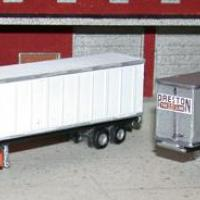 40' Trailer or Containers with Decals Z Scale