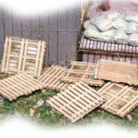 Wood Two-Layer Pallets - Z Scale